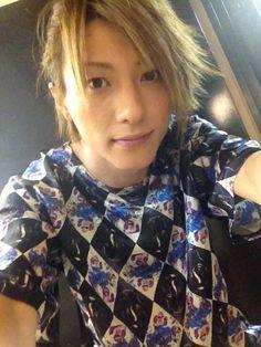 メディアツイート: 鈴木拡樹(@hiroki_0604)さん   Twitter Japanese Artists, Acting, Anime Art, Boys, Face, Twitter, Women, Style, Baby Boys
