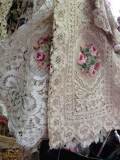 Keep an eye out for pretty lace items and use them for styling in your bedroom. Romantic Shabby Chic, Romantic Lace, Antique Lace, Vintage Lace, Fru Fru, Pearl And Lace, Linens And Lace, Lace Doilies, Lace Ribbon