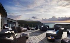 Imagine chilling out on this cliff-top terrace with your pooch.The Scarlet, a boutique dog-friendly (and eco-friendly!) hotel near Newquay in Cornwall Best Boutique Hotels, Best Hotels, A Boutique, Spa Luxe, Luxury Spa, Luxury Hotels, Spa Breaks Uk, Spas, Decks