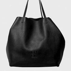 The Matryoshka bag by Carolina Herrera Luxury Handbags, Fashion Handbags, Purses And Handbags, Carolina Herrera Handbags, Gucci Clutch, Black Leather Bags, Leather Bags Handmade, Beautiful Bags, My Bags