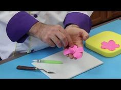Chef Alan Tetreault of Global Sugar Art shows you how to create a beautiful handmade gumpaste roses without a wire, using either a single petal cutter or an all-in-one rose cutter from manufactures like FMM, PME & JEM.