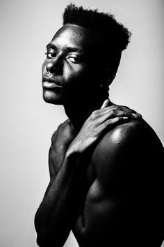 grayscale photography of man photo – Free Black-and-white Image on Unsplash Portrait Pictures, Dance Pictures, Black And White Portraits, Black And White Pictures, Greasy Skin, African Dance, Jamel, White Image, Man Photo
