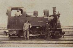 Antigua locomotora en la escollera | Museo de fotos de Necochea