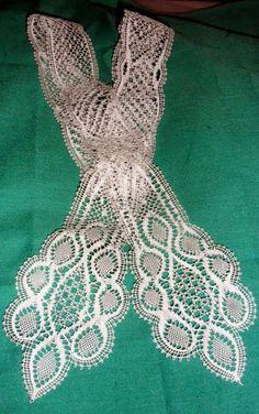 Mis trabajos    continental guipurelazos?? Lace Bolero, Lacemaking, Bobbin Lace, 1940s, Tatting, Crochet Necklace, Creative, Vintage, Craft