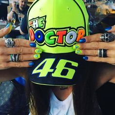 When your #VR46 Nails match your cap   https://allstarsdirect.co.uk/collections/valentino-rossi/products/valentino-rossi-vr46-moto-gp-the-doctor-yellow-cap-official-2017