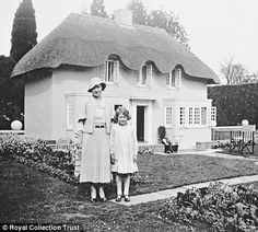 The Duchess of York and Princess Elizabeth standing outside in front of Y Bwthyn Bach, a miniature cottage on the grounds of Royal Lodge, presented to Princess Elizabeth by the people of Wales on the occasion of her sixth birthday, 1933 Princess Elizabeth, Princess Margaret, Queen Elizabeth Ii, Margaret Rose, Prince Philip Mother, Royal Lodge, English Royal Family, Duchess Of York, Duchess Kate