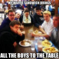 waffle girl #2 Tuesday Meme, Waffle Sandwich, Girl Memes, Waffles, Bring It On, Wrestling, Fat, Boys, Funny