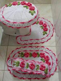 Jogo de banheiro rosa