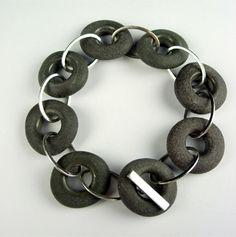 MaikeBartledres_pebble_bracelet1.JPG (350×352)