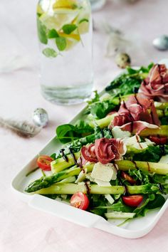 Lämmin parsasalaatti | K-ruoka #pääsiäinen