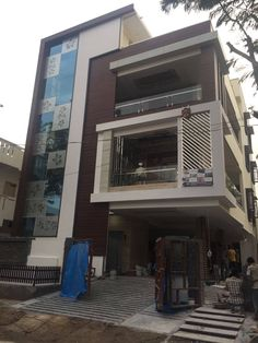 Modern Bungalow Exterior, Modern Exterior House Designs, Modern House Plans, Modern House Design, Exterior Design, 3 Storey House Design, Bungalow House Design, House Front Design, House Elevation