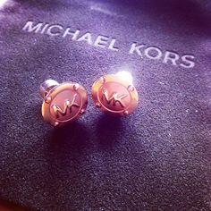 Cheap Michael Kors, Michael Kors Jewelry, Handbags Michael Kors, Cheap Mk Bags, Fashion Handbags, Jewelry Rings, Death, Stud Earrings, Craft Ideas
