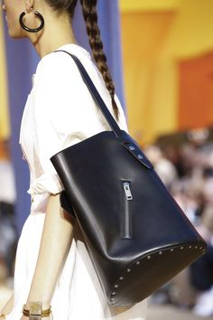 Céline Spring 2016 Ready-to-Wear Fashion Show Details Denim Handbags 223da8d381a8