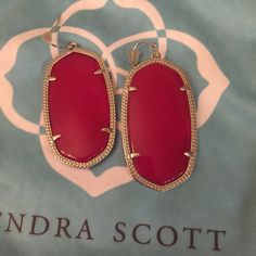 Kendra Scott Fuchsia Jade Danielle Earrings These are a dark reddish pink set in silver. They have only been worn 1 time and are in perfect condition! I am more of a bright pink girl ☺️ They will come with a KS dust bag...also listed on M e r c Kendra Scott Jewelry Earrings