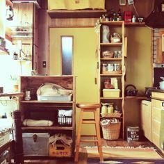 Orieさんの、収納棚はぴったりサイズをDIY,最近仲間入りした激安スツール,りんご箱,DIY,小さなお家,男前,キッチン,のお部屋写真