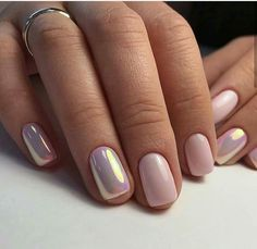 Nail art is a very popular trend these days and every woman you meet seems to have beautiful nails. It used to be that women would just go get a manicure or pedicure to get their nails trimmed and shaped with just a few coats of plain nail polish. Fancy Nails, Trendy Nails, Classy Nails, Fancy Nail Art, Elegant Nail Art, Nude Nails, My Nails, Gel Chrome Nails, Chrome Rose Gold Nails