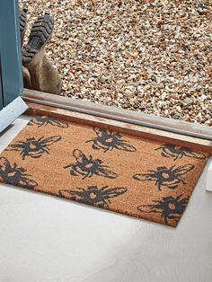 Made from hard-wearing coir with an endearing bumble bee print in deep charcoal, our medium sized doormat is perfect for protecting your floors and carpets from muddy feet. Position by the backdoor, front door or utility room, each doormat has a rubber b Boot Room Storage, Shoe Storage Furniture, Hallway Shoe Storage, Ikea Furniture, Furniture Plans, Door Knockers Unique, Cox And Cox, Wellies Boots, Unique Doors