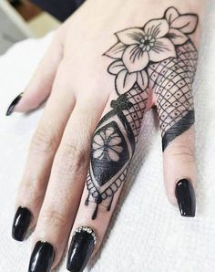Cover Up Finger Tattoos, Hand Tattoo Cover Up, Inside Finger Tattoos, Hand And Finger Tattoos, Finger Tattoos For Couples, Hand Tattoos For Girls, Finger Tattoo For Women, Finger Tats, Finger Tattoo Designs