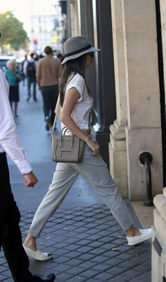 09.26.14: Kendall out and about in Paris, France