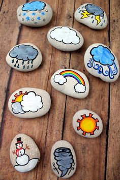 These weather story stones are a DIY toy designed for story-telling prompts and for narrative play. Story stones are fun and so easy to make plus your kids can enjoy them for years! They could also be helpful when teaching younger kids about our chan Stone Crafts, Rock Crafts, Crafts To Sell, Arts And Crafts, Diy Crafts, Fabric Crafts, Rock Painting Patterns, Rock Painting Ideas Easy, Rock Painting Designs