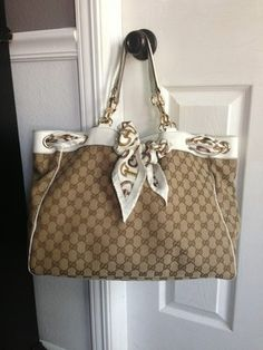 AUTH GUCCI POSITANO GG CANVAS SCARF LARGE PURSE BAG BUCKET TOTE IVORY
