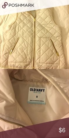 Old Navy Quilted Vest Cream M Old Navy Quilted Vest size medium. Thin, not puffy. Old Navy Jackets & Coats Vests