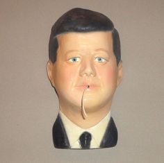 Vintage John F. Kennedy String Holder (Camelot Series)