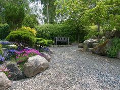 landscape-design-gravel-driveway-backyard-pea-gravel-idea-shine-your-light-gravel-patios-and-landscaping-landscaping-ideas-gravel-driveway-pea-gravel-yard-designs.jpg (1000×750)