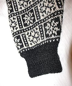 Oppskrift f.eks 22205 i hefte Dalegarn Heilo nr 222 Norwegian Knitting, Craft Party, Diy Gifts, Diy Projects, House Design, Norway, Crafts, Dreams, Threading