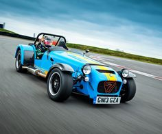 A Caterham is no ordinary car. It represents the peak of driving involvement, offering a sophisticated package of handling, road holding and ride, maximising your contact with the road and your driving skills. Caterham Super 7, Caterham Seven, Lotus 7, Car Guide, Performance Cars, Kit Cars, Car Photos, Race Cars, Cars