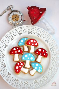 Mushroom cookies~                         By Sweetopia, alice in wonderland mushroom decorated cookies, red, blue, polka dot