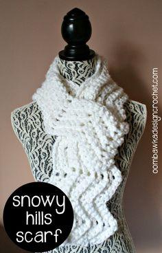Snowy Hills #scarfie Free Crochet Pattern