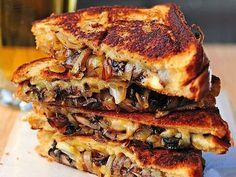 Ways to Make Grilled Cheese 30 ways to make a grilled cheese - Mushrooms Onion and Gouda Grilled Cheese. I'm gonna add Bacon ways to make a grilled cheese - Mushrooms Onion and Gouda Grilled Cheese. I'm gonna add Bacon too Making Grilled Cheese, Best Grilled Cheese, Grilled Cheese Recipes, Grilled Cheeses, Classic French Dishes, Sandwiches, Mushroom And Onions, Wrap Recipes, Easy Recipes