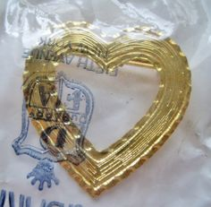Vintage 60s Traditional Cottage Chic DuBarry DFA Goldtone Heart Brooch Pin in Original Package by ThePaisleyUnicorn, $8.00