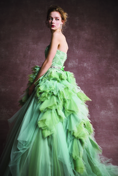 FOUR SIS & CO. Ball Gowns, Formal Dresses, Fashion, Birthday, Fashion Styles, Dinner Gowns, Ballroom Gowns, Dresses For Formal, Moda