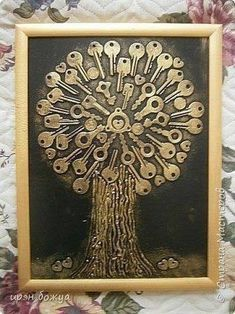 "Discover additional relevant information on ""metal tree art diy"". Take a look at our website. Key Crafts, Metal Crafts, Arts And Crafts, Metal Tree Wall Art, Scrap Metal Art, Metal Artwork, Button Art, Button Crafts, Vintage Jewelry Crafts"