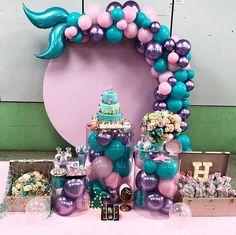 💰 SOMENTE 20 REAIS 💰 . 🎊Curso Decoração para Festas🎊 . Decoração de @sublime.festas . . 🔵PROMOÇÃ Mermaid Birthday Cakes, Little Mermaid Birthday, Little Mermaid Parties, Girl Birthday Themes, Baby Girl Birthday, 1st Birthday Parties, Tea Parties, Mermaid Party Decorations, Birthday Party Decorations