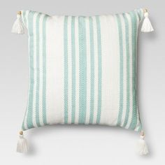 Aqua Throw Pillows, Couch Pillows, Accent Pillows, Bed Pillow Arrangement, Diy Furniture Renovation, Minimalist Bed, Window Seat Cushions, House Of Turquoise, Coastal Bedrooms