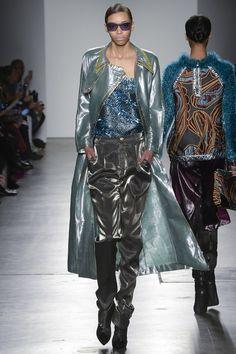 6c6d75bbe91554 Custo Barcelona Fall 2017 Ready-to-Wear Fashion Show