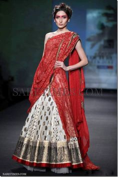 Anjo_Modi_Red_Saree