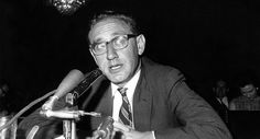 It has long been assumed that Henry Kissinger 'supported' the Vietnam War throughout the 1960s-and that this was one of the reasons Richard Nixon offered him the job of national security adviser. This view is incorrect. As his private papers and diaries make clear, Kissinger realized by 1966 at the latest that the U.S. intervention in defense of South Vietnam was a doomed enterprise and that only a diplomatic solution would end the conflict. </p>