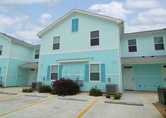 Beautiful 5 Star Vacation Home that Sleeps 10 & comes w/lots of Extras in Corpus Christi