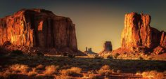Monument Valley Evening Glow - null