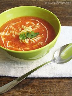 Homemade tomato soup - scroll down for English Domowa pomidorowa. Co tak lub. Paleo Recipes, Soup Recipes, Paleo Food, Polish Recipes, Polish Food, Chili Soup, Tomato Soup, Soups And Stews, Food And Drink