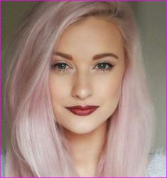 20 gorgeous pink hair color ideas, pink hair will never go out of style. Light Pink Hair, Pink Hair Dye, Pastel Pink Hair, Hair Color Pink, Blue Hair, Dyed Hair, Pastel Blue, Color Del Pelo, Trendy Hairstyles