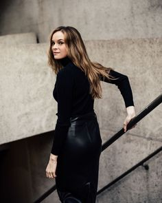 Beautiful celebrities and starlets. Actresses, singers, models and more! Kay Panabaker, Danielle Panabaker, Danielle Parker, Snowbarry, Dc Tv Shows, Supergirl And Flash, Just Girl Things, Best Actress, Beautiful Celebrities