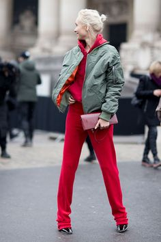 Fashion Week in Paris: streetstyle. Part 2 | The magazine Harper's Bazaar