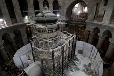 Preservation experts have opened for the first time in at least two centuries what Christians believe is Jesus's tomb inside the Church of the Holy Sepulchre in Jerusalem.
