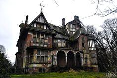 Abandoned castle of Notthebom