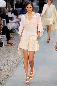 Chanel 2012 Resort Collection --- aww man, I need some $$....